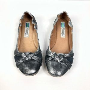 Arnold Churgin Silver Leather Ballet Flat size 36
